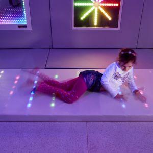 84108 Bright Sparks Softplay Flashy Floor